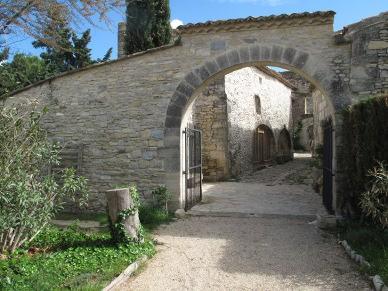 Gîte et chambre d'hôte – Mazaruelle – Sinsans – Gard